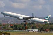 Boeing 777-367 (B-HNO)