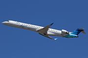 CRJ-1000 NextGen (PK-GRL)