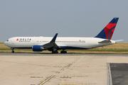 Boeing 767-3P6/ER (N155DL)