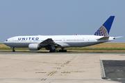 Boeing 777-222/ER (N799UA)