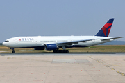 Boeing 777-232/ER (N865DA)