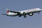 Boeing 777-333/ER (C-FKAU)