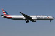Boeing 777-323/ER (N736AT)