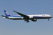 Boeing 777-381/ER (JA784A)