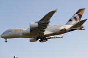 Airbus A380-861 (A6-APJ)