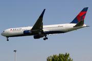 Boeing 767-332/ER - N184DN