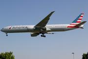 Boeing 777-323/ER - N736AT