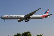 Boeing 777-323ER - N725AN