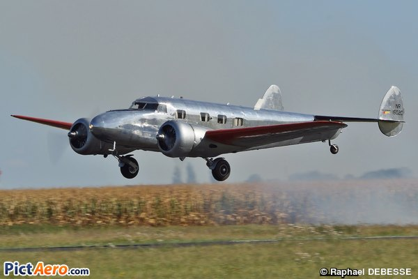 Lockheed 12A Electra Junior (Pegase TV)