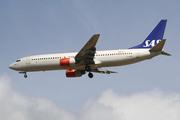 Boeing 737-883 (LN-RPN)