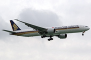 Boeing 777-312/ER (9V-SWM)