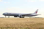 Boeing 777-39L/ER (B-2089)