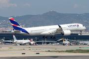 Airbus A350-941 (A7-AMB)