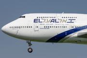 Boeing 747-458
