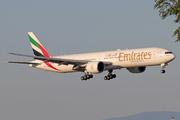 Boeing 777-36N/ER (A6-ECM)