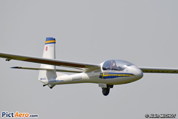 PZL-Bielsko SZD-59 Acro (Johan Gustafsson)