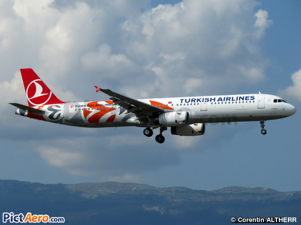 Airbus A321-231 (Turkish Airlines)