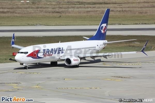 Boeing 737-86N (Travel Service)