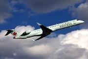 Bombardier CRJ-705LR (C-FUJZ)