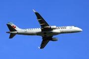Embraer 170-200SU (C-FEKJ)
