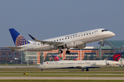 Embraer ERJ-175LR (ERJ-170-200 LR) (N145SY)