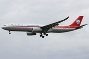 Airbus A330-343 (B-5945)
