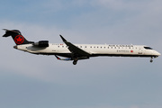 Canadair CL-600-2D15 Regional Jet CRJ-705ER (C-FBJZ)