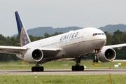 Boeing 777-222/ER (N224UA)