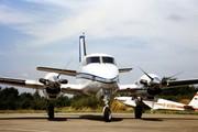Beech E90 King Air (F-GFDJ)
