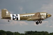 Douglas DC-3C (N47TB)