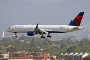 Boeing 757-251/WL (N537US)