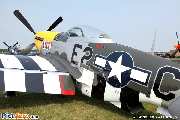 North American TF-51D Mustang (GLOVER William Scott)