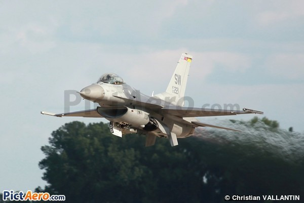 General Dynamics F-16CM Fighting Falcon (United States - US Air Force (USAF))