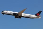 Boeing 787-9 Dreamliner (C-FSBV)