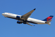 Airbus A330-223 (N854NW)