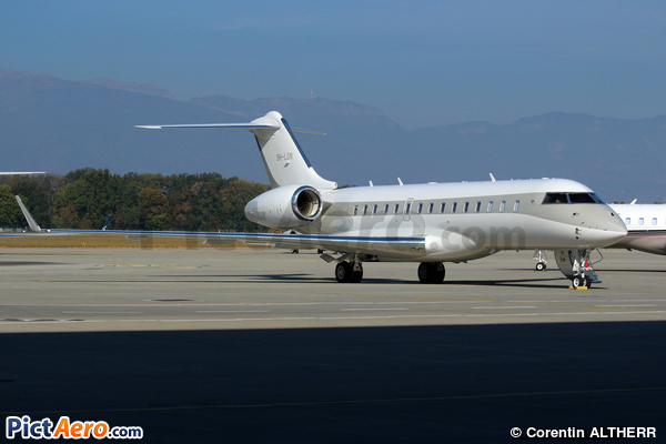 Bombardier BD-700-1A10 Global 6000 (Blue Falcon SARL)