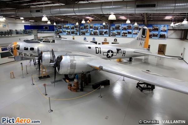 B-17G-110-VE (Pima Air Museum)