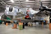 Consolidated B-24J Liberator (44-44175)
