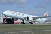 Boeing 777-333/ER - C-FNNW