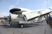 Grumman E-1B Tracer (147212)