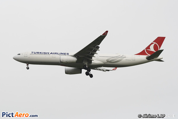 Airbus A330-343 (Turkish Airlines)