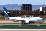Boeing 737-7CT/WL (C-FWAF)