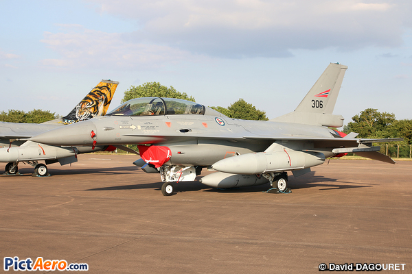 General Dynamics F-16BM Fighting Falcon (Norway - Air Force)