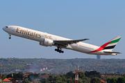 Boeing 777-31H/ER (A6-ENO)
