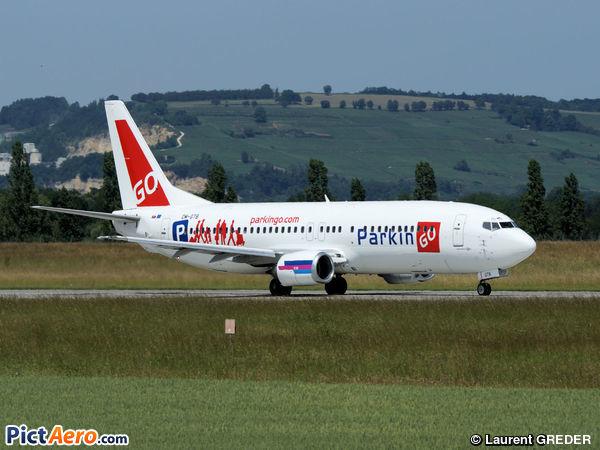 Boeing 737-49R (GO TO SKY)