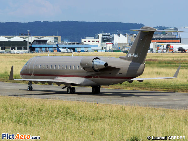 Canadair CL-600-2B19 challenger 850 (Private)
