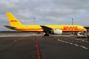 Boeing 757-236/PCF