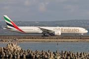 Boeing 777-31H/ER (A6-ECZ)