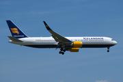 Boeing 767-319/ER  (TF-ISW)
