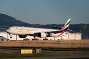 Boeing 777-31H/ER (A6-EQM)